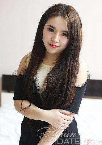 Lucy Thai Nude Photos 12